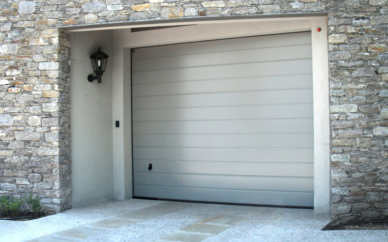 Porte e scale per interni vallo della lucania cilento for Porte de garage en 3 metre de large